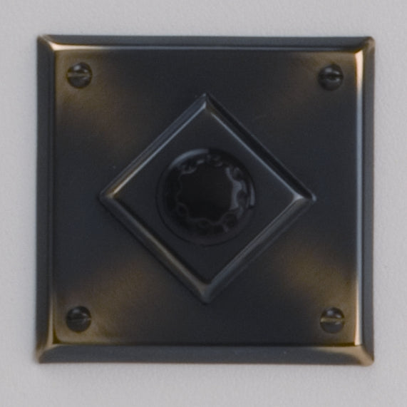 Classic 10 Series Plate With Universal Dimmer