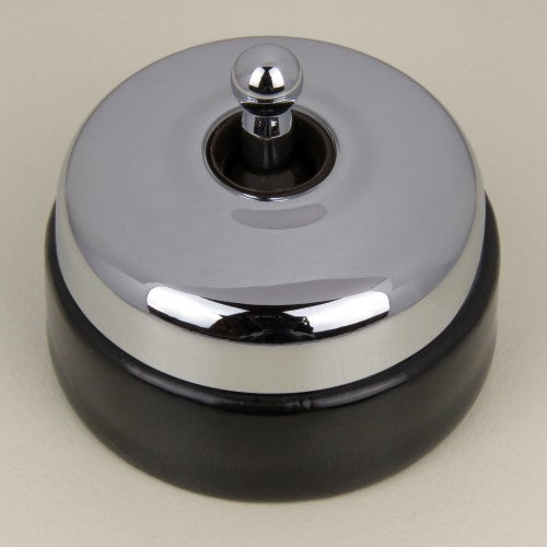 Classic 30 Series Intermediate Toggle Switch With Smooth Shallow Cover And Porcelain Base
