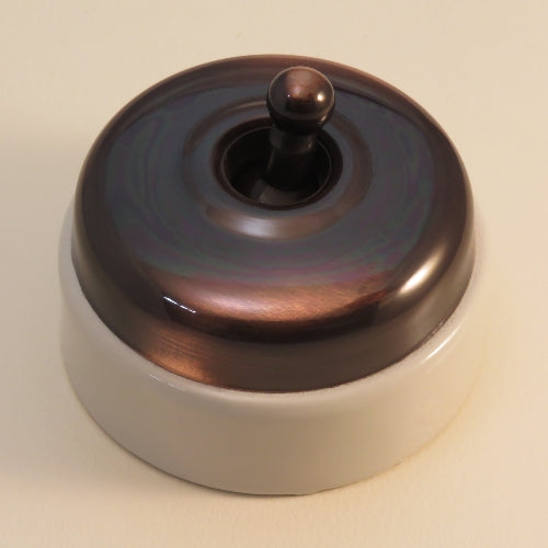 Classic 30 Series 10a Toggle Switch With Smooth Shallow Cover And Porcelain Base