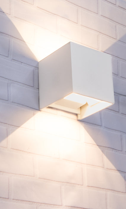 TOCA - Adjustable Beam Angle Surface Mounted Wall Light