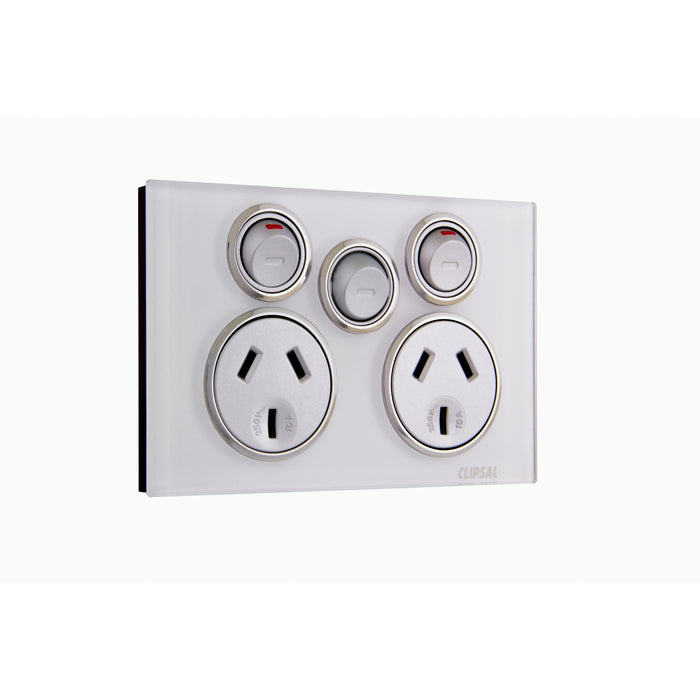 Clipsal Saturn Series Powerpoint Outlet 10a With Extra Switch, Pure White