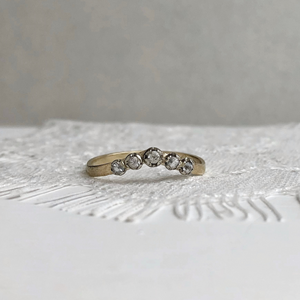 Rose and Constance with 4mm rustic white gold band - Bride and groom set
