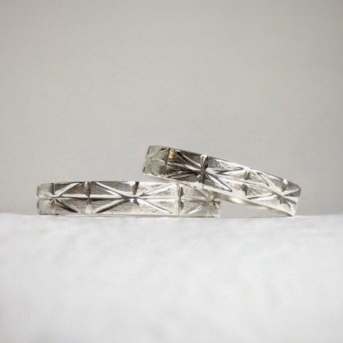 925 - 4mm and 4mm - Geometric wedding band set Geometric wedding band set - Wedding bands his and hers - Wedding bands - Handcrafted in ethically sourced sterling silver - Men's wedding bands.