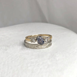 Lavinia - blueish grey rustic sapphire - yellow and white gold