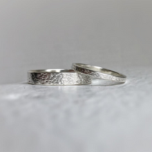 Load image into Gallery viewer, 925 - 4mm - Textured silver wedding band