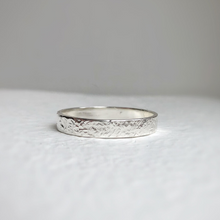 Load image into Gallery viewer, Hammered wedding band - rustic sterling silver wedding band - Wedding band - textured wedding bands - Hammered wedding ring 4mm