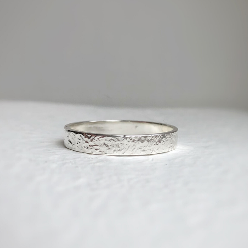 Hammered wedding band - rustic sterling silver wedding band - Wedding band - textured wedding bands - Hammered wedding ring 4mm