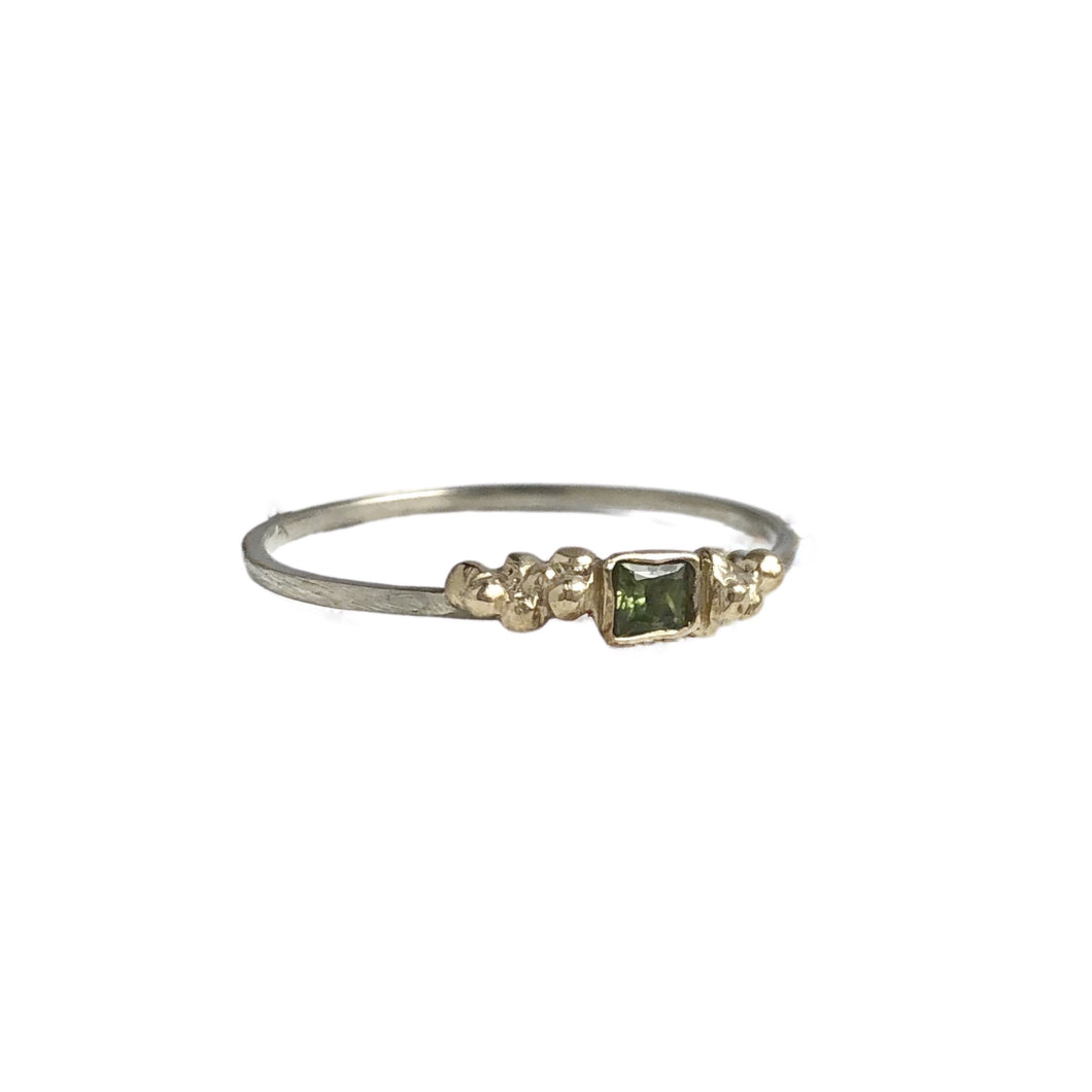 Green sapphire stackable ring - recycled yellow gold - green sapphire ring - ethically sourced genuine sapphire ring
