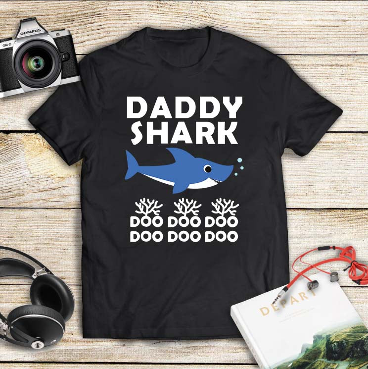 Daddy shark doo doo doo, daddy shark doo svg, daddy shark svg, daddy svg, daddy gift, daddy shirt,family shirt,family gift,trending svg, Files For Silhouette, Files For Cricut, SVG, DXF, EPS, PNG, Instant Download