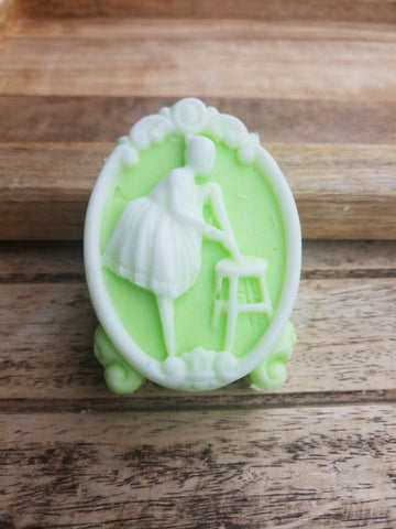 COCONUT LIME COLLECTION: Ballerina Stool