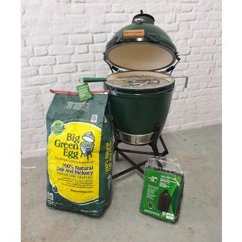 Big Green Egg Medium Bundle on Standard Nest