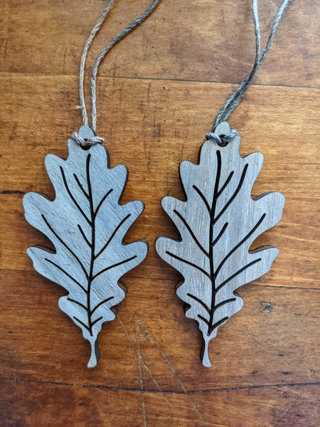 Handmade Oak Leaf Canada Wood Ornaments / Gift Tags / Wedding Favours (set of 2)