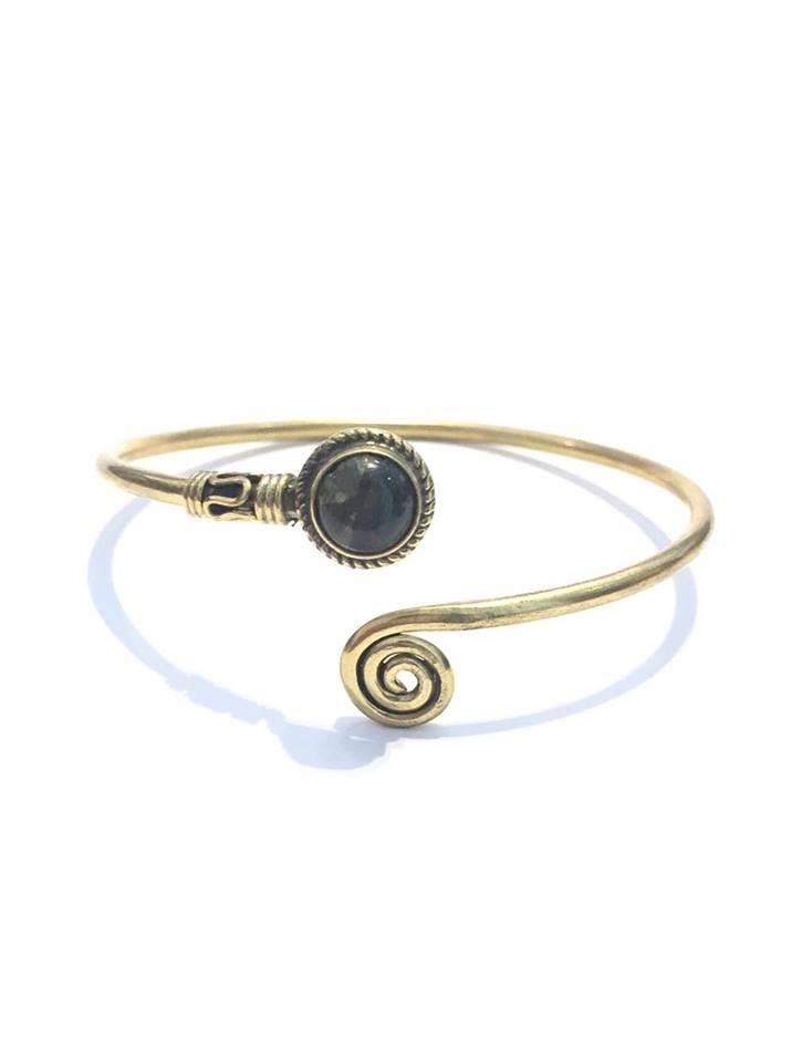 Curled Bangle Bracelet with Stone