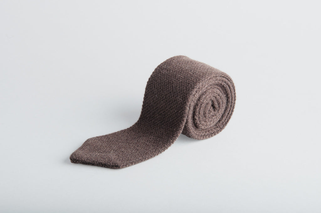 Petronius Knitted Brown Tie