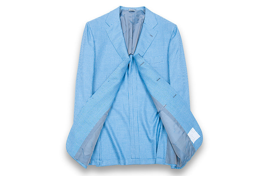 Blue blazer woven in micro-check.