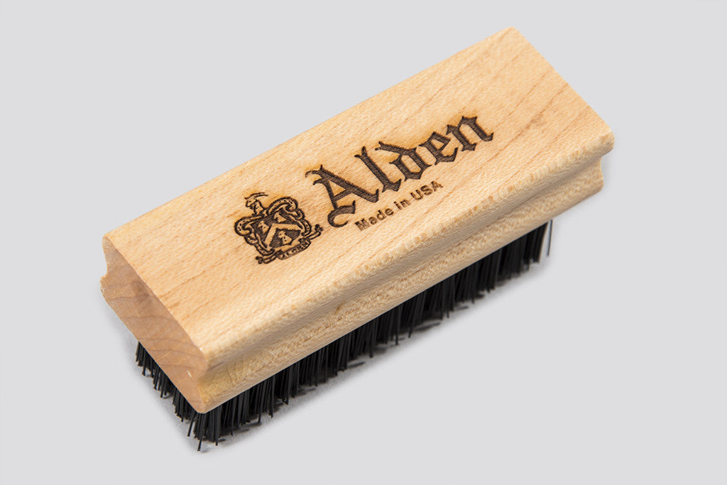 Alden Small Nubuck Brush