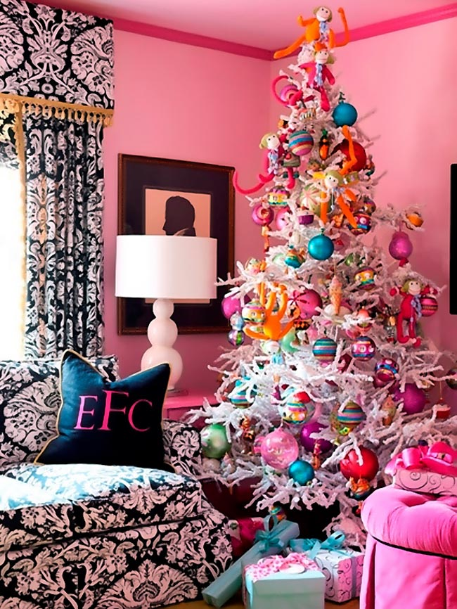 Christmas Decor: Colorful vs. Neutral glam. Which are you?