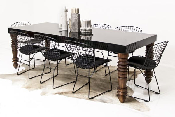 Maison Table in Black