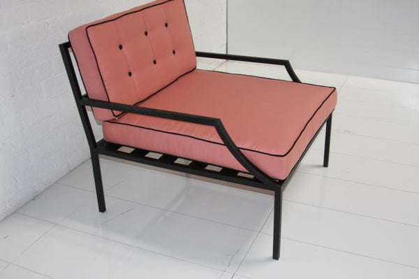 Hollywood Oversized Outdoor Chair in Pink with Black Piping