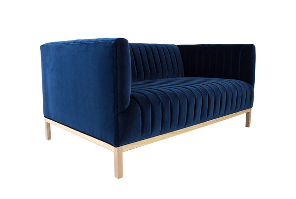 Manhattan Loveseat in Como Indigo