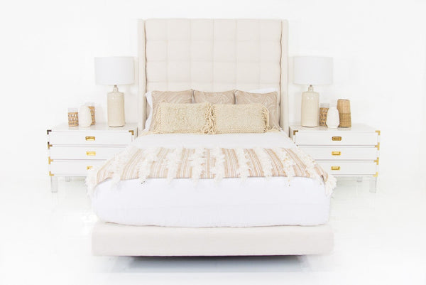 St. Tropez Bed in Pure Sugar