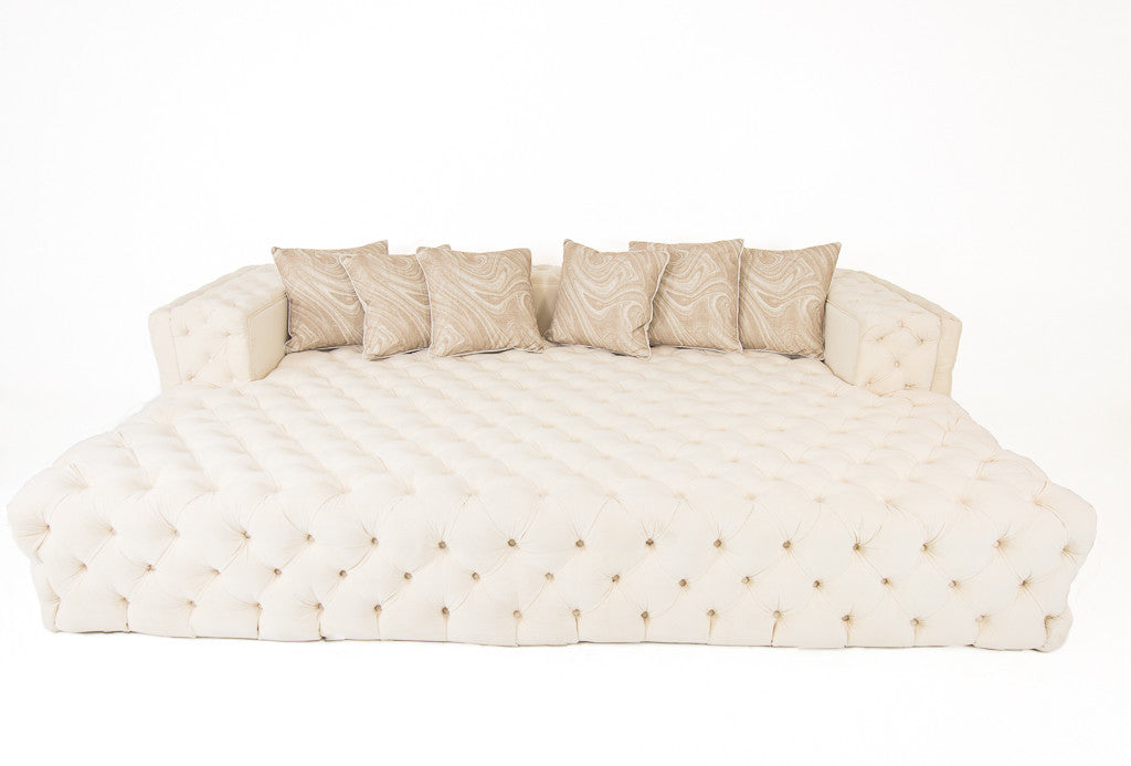Fat Bastard Sofa/ Day Bed In Bone