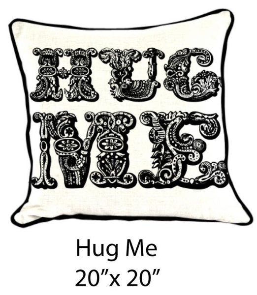 Hug Me Black/White