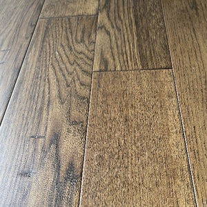 "5"" x 1/2"" Engineered Hickory Da Vinci Stain Hardwood Flooring"