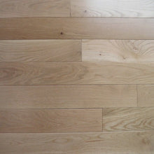 "Load image into Gallery viewer, 4"" x 3/4"" White Oak Semi Gloss Natural Stain Hardwood Flooring"