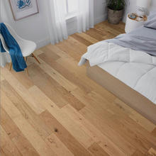 "Load image into Gallery viewer, 5"" x 3/8"" Engineered European Oak Bianco Stain Hardwood Flooring"