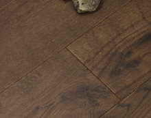 "Load image into Gallery viewer, 7 1/4"" x 1/2"" Engineered European Oak Dao Stain Hardwood Flooring"