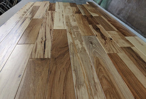 "4"" x 3/4"" Hickory Prefinished Hardwood Flooring - Builder Grade Shorts"