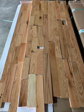 "Load image into Gallery viewer, 3 1/4"" x 3/4"" Prefinished Red Oak Rustic Grade Hardwood Flooring"