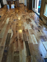 "Load image into Gallery viewer, 3"" x 3/4"" White Oak Utility Grade #3 Common Unfinished Hardwood Flooring"