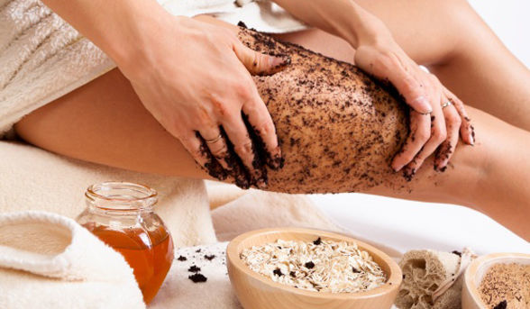 body-scrub-exfoliating-legs