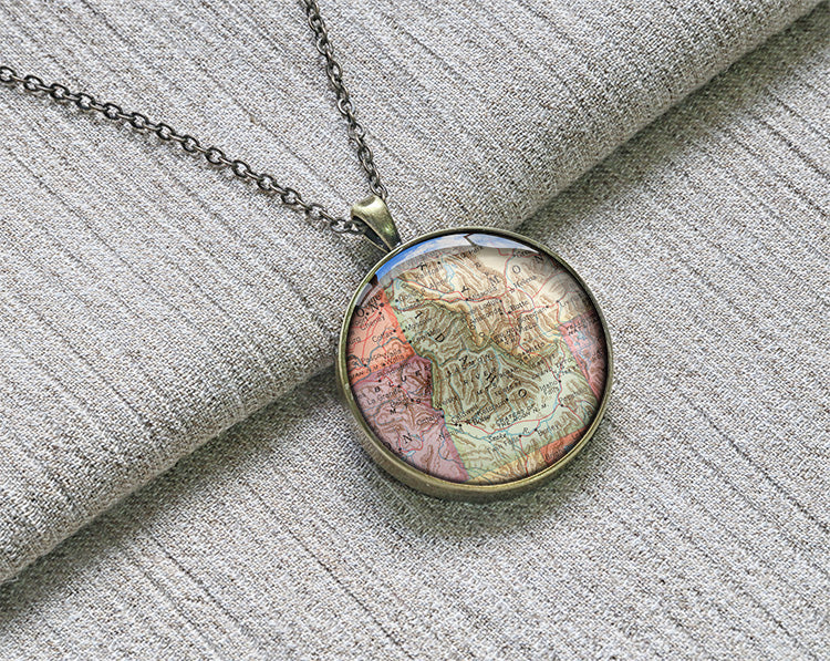 Vintage 1950 Idaho state map necklaces M1903CP - ShimmerAge