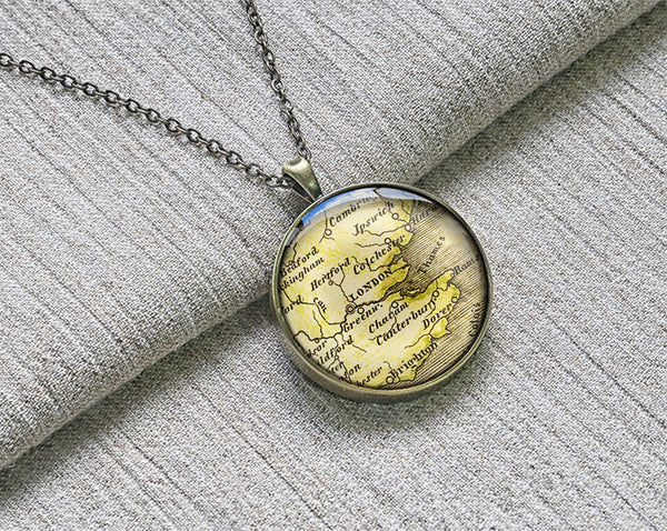 Antique 1843 London map necklace, Vintage London map keychain pendant - M4006CP - ShimmerAge