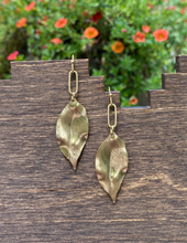 Load image into Gallery viewer, Mimosa Earrings