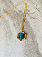 Load image into Gallery viewer, Labradorite Hexagon