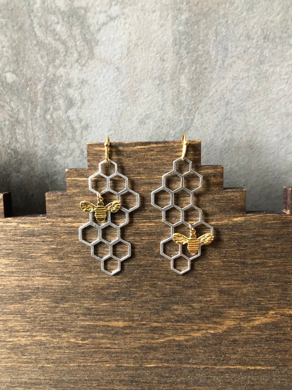 Honeybee Earrings (matte gold bee)