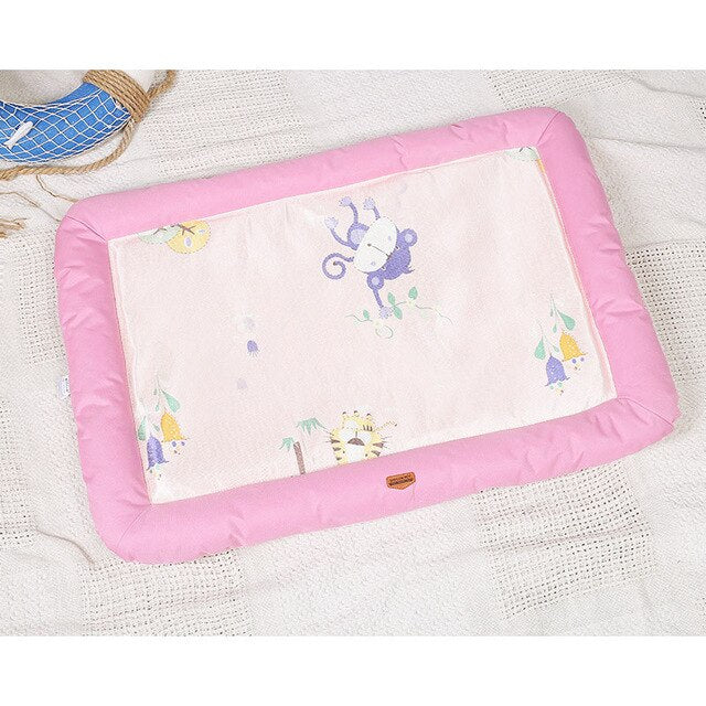Summer Cooling Mat with Padded Sides