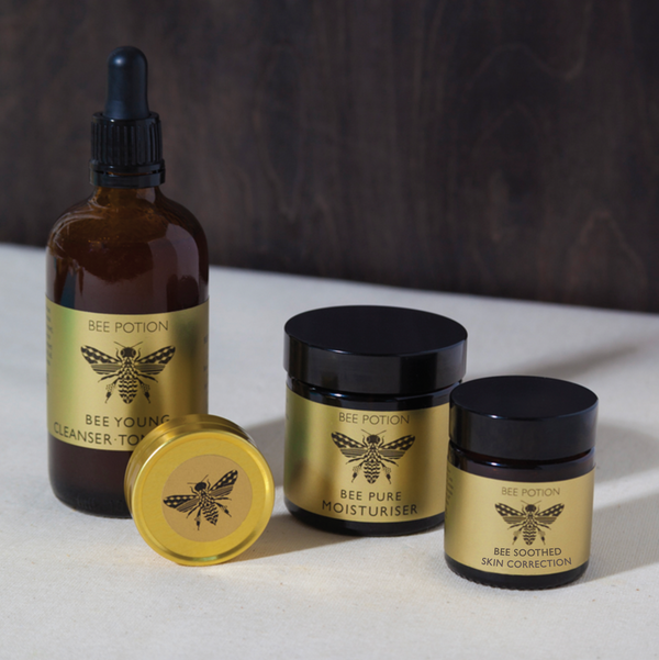 Bee Nourished facial gift set