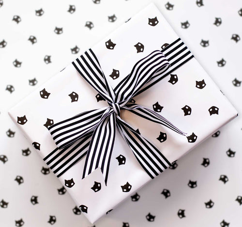 Wrapping Paper - Beautiful wrapped gift with Black Cat Iconic Pattern Paper