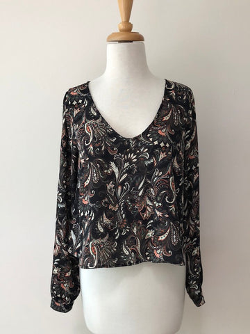 ASTR Paisley Cropped Top w/ Tags, size S