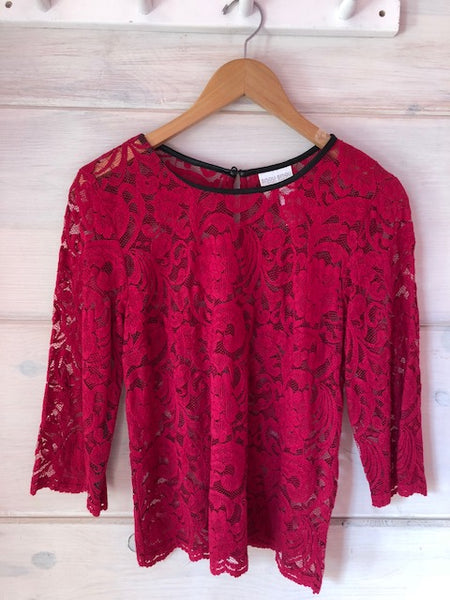 Bisou Bisou Lace Top, size M