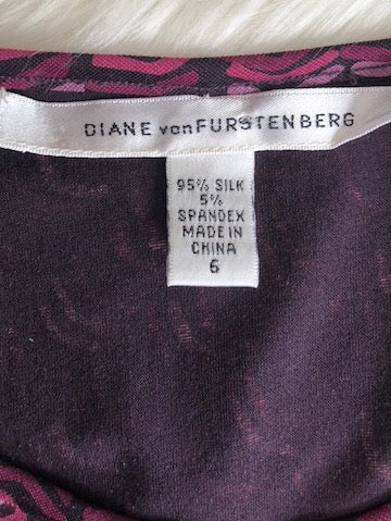 Diane von Furstenberg Purple Print Long Sleeve Top, size 6