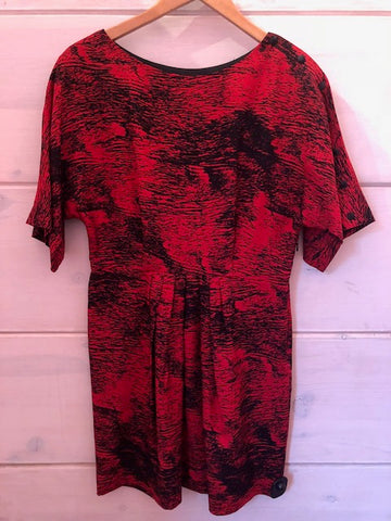 Ali Ro Red/Black Silk Print Dress