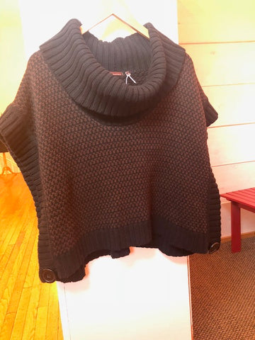 525 America Black/Brown Sweater Poncho
