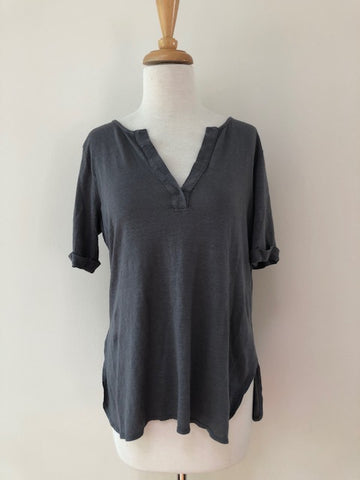 Mickey & Jenny Linen Tunic Top, size M