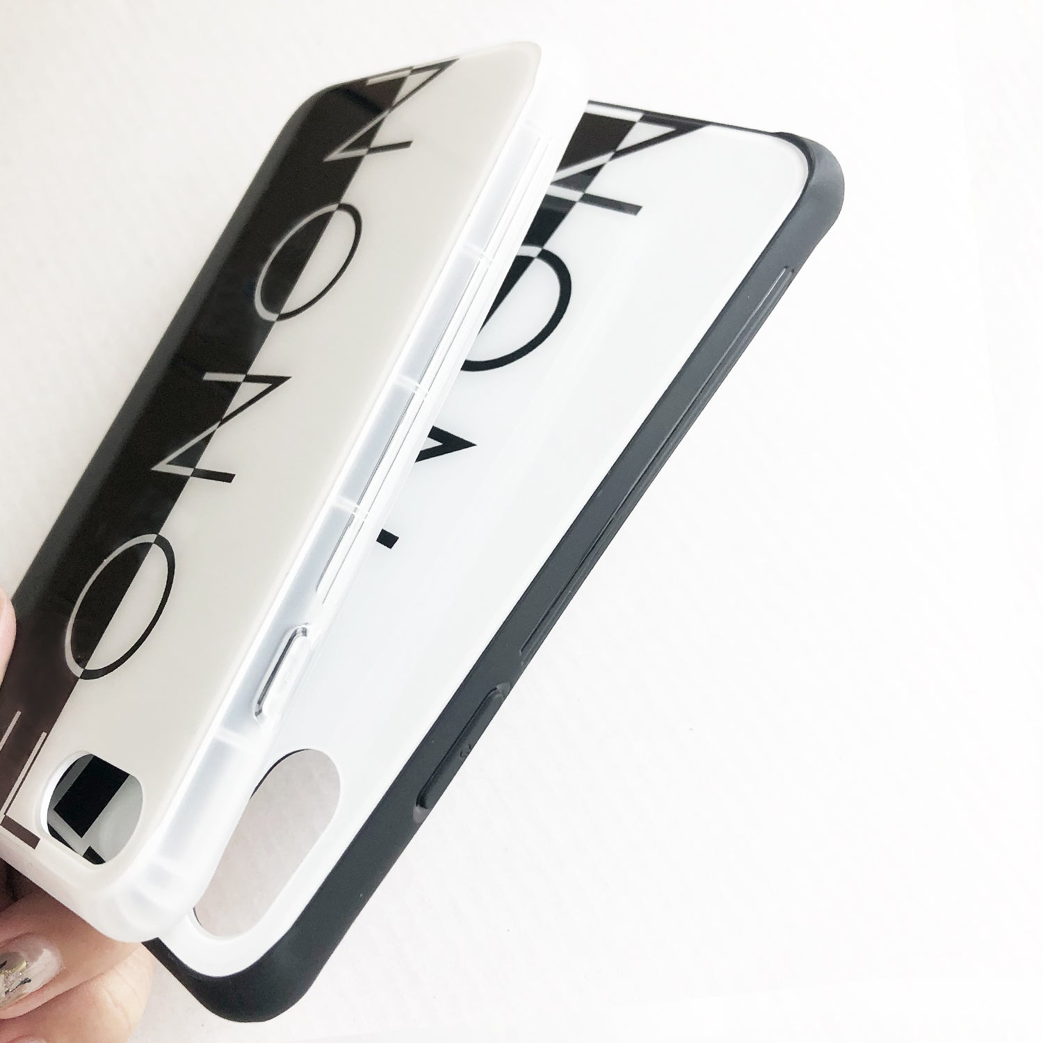 DAMPER GLASS iPhone CASE - TYPO SERIES - FONON Black